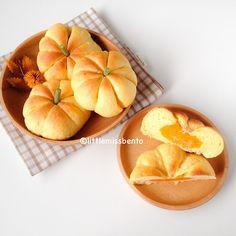 Pumpkin bread buns by little miss bento