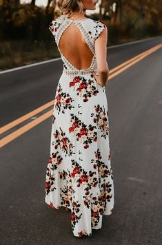 White Floral Ruffle Lace Backless V-neck Short Sleeve Fashion Boho High-Low Dres. - White Floral Ruffle Lace Backless V-neck Short Sleeve Fashion Boho High-Low Dress Source by Canasev - Boho Outfits, Women's Fashion Dresses, Boho Fashion, Fashion Women, Vestido Maxi Floral, Vestidos High Low, Open Back Maxi Dress, Backless Maxi Dresses, Lace Dresses