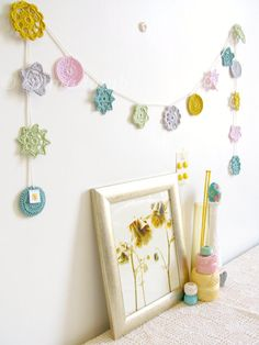 Pastel crochet garland, Mimi flower bunting, nursery decor in spring pastels, free gift wrapping (ready to ship)