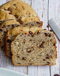 Vegan Bread Machine Recipe, Bread Machine Recipes Healthy, Best Bread Machine, Bread Maker Machine, Artisan Bread Recipes, Bread Maker Recipes, Cinnamon Raisin Bread Recipe Bread Machine, Breadmaker Bread Recipes, Bread Machines