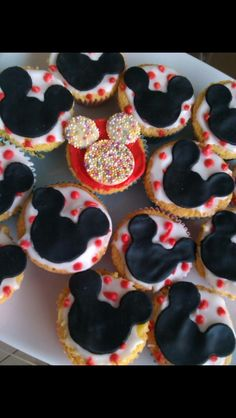 Mickeys and Minnie's cupcakes