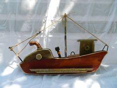 june-5 Wood Block Crafts, Wood Projects, Driftwood Fish, Boat Art, Wood Boats, Wood Creations, Diy Jewelry Making, Handmade Wooden, Sailboat