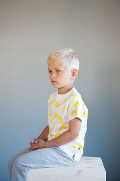 LUKA t-shirt - Natural white - Yellow Cheese Doodles print. Cheese Doodle, Kids Wear, Doodles, Product Launch, Comfy, Studio, Yellow, Natural, How To Wear