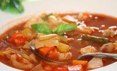 """Sopa """"milagrosa"""" es la protagonista principal de la dieta de la sopa diseñada por un hospital de Estados Unidos y te ayudará a perder esos kilitos de más en poco tiempo, de manera saludable y con ingredientes que todos tenemos en el hogar."""