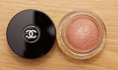Ombretto rosa shimmer Chanel