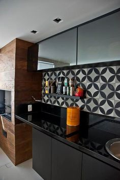 Kitchen backsplash ideas that will brighten and modernize your kitchen. with cabinets, diy for big and small kitchen - white or dark cabinets, tile patterns Home Decor Kitchen, Interior Design Kitchen, Kitchen Dining, Interior Decorating, Kitchen Cabinets, Nice Kitchen, Kitchen White, Dark Cabinets, Black Kitchens
