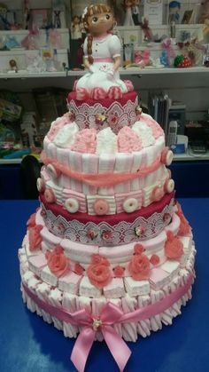 Espectacular tarta de comunión de Duldi Ciudad Real. Una auténtica obra de arte dulce.