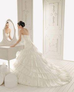 Wedding Dresses Hochzeitskleider - http://www.1pic4u.com/blog/2014/06/06/wedding-dresses-hochzeitskleider-109/