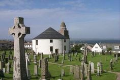 The Round Church in Bowmore -Churches and Celtic Crosses on the Isle of Islay