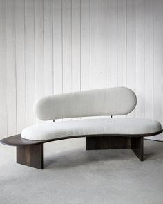 Pebble Sofa – Fred Rigby Studio Bench Furniture, Furniture Design, Sofa Bench, Round Sofa, Office Sofa, Types Of Sofas, Curved Sofa, Interior Design Studio, Chair Design