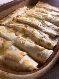 Weight Watchers friendly Smothered Chicken Verde Burritos - Just 4 WW SP per burrito