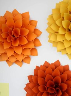 Pretty Paper Dahlia Wreath – DIY Wall Art. Best of all, it's the perfect project for making use of waste paper and card every home already has lying around!