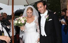 Sandrine Roussel, half-sister of Athina Onassis, got married last Saturday in the village of Villeny, in France.