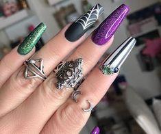 Holloween Nails, Halloween Acrylic Nails, Cute Halloween Nails, Fall Acrylic Nails, Halloween Nail Designs, Acrylic Nail Designs, Nail Art Designs, Halloween Couples, Halloween Recipe