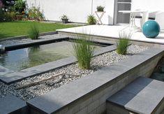 Architeknisches Teichbecken im Garten Wasserbecken GFK Becken