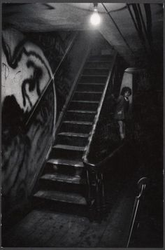 Eugene Smith :: The Loft stairway with Smith's daughter, Shana, 1957 / The Jazz loft / The American Society of Cinematographers Monochrome Photography, Black And White Photography, Street Photography, Tucson, Kansas, Equatorial Africa, Arizona, Eugene Smith, Pittsburgh City