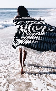 The Original Roundie Towel | The Beach People