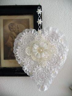 Vintage Herz Spitze Dekoration Valentinstag Hochzeit Liebe Accessoires Perlen