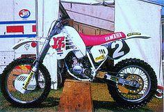 John Van Den Berk Yamaha  YZM factory 125 cc. 1988
