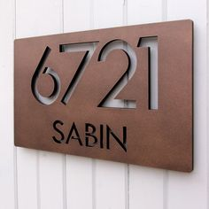 CUSTOM Modern Deluxe Floating Address Sign in Powder Coated Aluminum — Moda Industria House Number Plates, Metal House Numbers, Door Numbers, House Numbers Modern, House Number Signs, Door Signage, Exterior Signage, House Address Sign, Address Plaque