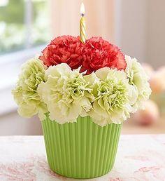 Bloomin' Cupcake #flowers #cupcake #pink #white