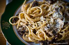 Спагетти с телятиной и шампиньонами под сливочным соусом