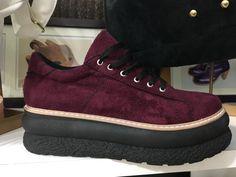 Zapatillas Bordo De Mujer Ultra Cómodas https://articulo.mercadolibre.com.ar/MLA-670418572-zapatillas-bordo-de-mujer-ultra-comodas-_JM