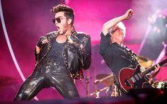 O cantor Adam Lambert foi alvo de comentários ofensivos sobre sua espalhafatosa apresentação no Rock in Rio como vocalista do Queen. Mas por que Freddie Mercury podia ser viado e ele não? http://lounge.obviousmag.org/sup3rtr4mp/2015/09/vida-longa-a-nova-rainha.html