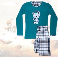 Woman's Cotton Pajamas with plaid details english-style Loved homewear. Cotton Pyjamas, English Style, Pajamas Women, Graphic Sweatshirt, Plaid, Sweatshirts, Sweaters, Fashion, Gingham