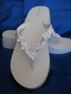e70d92713 White Wedge Bridal Flip Flops with Flowers Beach Weddng Sandals