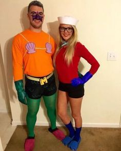 DIY Couples Halloween Costume Ideas - Mermaid Man and Barnacle Boy Couples Costumes Idea SpongeBob SquarePants - Nickelodeon Theme
