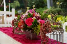 Spectacular rustic and vintage decoration #centerpieces #flowers #vintage #rustic #wedding #deco #mexico  #flores espectacular decoración vintage