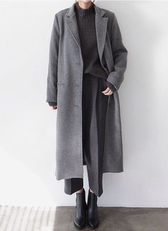 Chic Style – layered grey outfit with long wool coat – grey Look Fashion, Trendy Fashion, Korean Fashion, Winter Fashion, Womens Fashion, Cheap Fashion, Trendy Style, Fashion Art, Mode Outfits