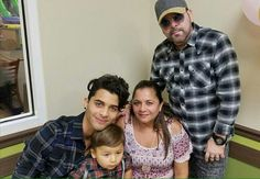 Erick and Thiago and Mon e Dad Brian Colon, Celebs, Celebrities, Aaliyah, My King, Boy Bands, Hot Guys, Crushes, Men Casual
