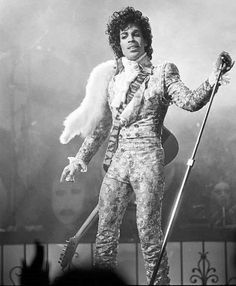 Prince - Purple Rain Tour at The Summit in Houston Texas 1985 Black N White Images, Black And White, Prince Day, Pictures Of Prince, Prince Images, The Artist Prince, Prince Purple Rain, Star Wars, Paisley Park
