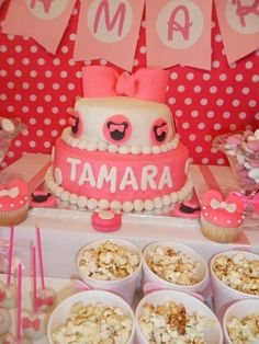 Minnie Mouse Party Table #minniemouse #party