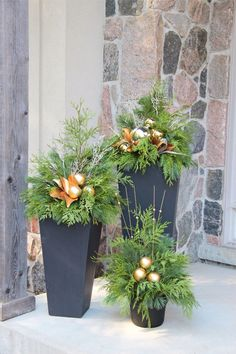 Fancy Outdoor Holiday Planter Ideas To Enliven Your Christmas DayYou can find Outdoors and more on our website.Fancy Outdoor Holiday Planter Ideas To Enliven Your Ch. Outdoor Christmas Planters, Christmas Urns, Christmas Garden Decorations, Christmas Arrangements, Christmas Holidays, Christmas Wreaths, Christmas Crafts, Outdoor Planters, Winter Decorations