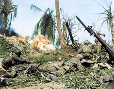 Breathtaking Colorized Photos Show the Horror of the War in the Pacific During World War II ~ vintage everyday Battle Of Peleliu, Battle Of Saipan, Arsenal, 7th Infantry Division, Colorized Photos, Colorized History, Iwo Jima, History Online, Us Marines