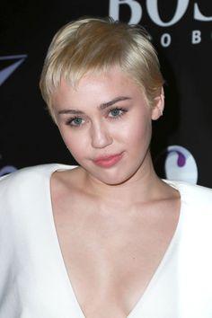 Die 83 Besten Bilder Von Miley Cyrus Hair Style Singers Celebs