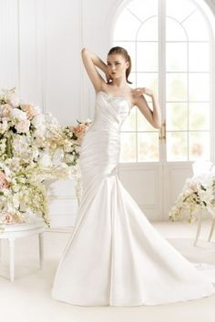 Pazice - Atelier Diagonal // 2014 Create a slim silhouette with this delustered satin gown in off white. Wedding Dresses 2014, Bridal Dresses, Wedding Gowns, Ellis Bridal, Diagonal, Bridal Gown Styles, Satin Gown, Dress P, Dream Dress