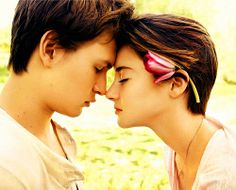 Shailene Woodley and Ansel Elgort playing Hazel Grace and Augustus Waters in The Fault in Our Stars✨ Ansel Elgort, Shailene Woodley, Hazel And Augustus, Augustus Waters, Entertainment Weekly, Lara Jean, Hunger Games, Hazel Grace Lancaster, John Green Books