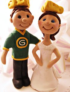 wish we could have done this for our cake topper! Green Bay Packers Cheesehead Cake Topper Bride by JackiesFlowers, $80.00