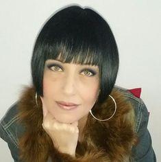 black womens hairstyles from the Bob Haircut With Bangs, Short Bob Haircuts, Short Hairstyles For Women, Bob Bangs, Chin Length Bob, Beautiful Haircuts, Hairstyle Look, Different Hairstyles, Shaved Hair