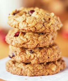 20-minute applesauce cookies only bananas, oats, applesauce, vanilla, cherries, flax