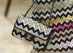 An editorial on Chanel handbags, purses and your favorite accessories. Get prices and shopping advice on Chanel designer bags and purses. Chanel 2015, Coco Chanel, Chanel Boy Bag, Chanel Bags, Chanel Fashion, Uk Fashion, Paris Fashion, Fall Fashion, Spring Handbags