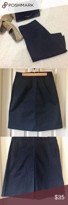 Banana Republic, Skirt, Navy Blue. Size 4. Banana Republic Skirt. Navy blue. Functional pockets. Zip up back. Pleat in front. Light weight material. High quality. Runs a little big. Length: 23 inches. Slight mark above right pocket from hanger, should come out with first wash. NWT ☺️ Banana Republic Skirts Midi