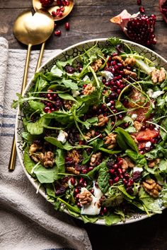 Winter Salad with Maple Candied Walnuts and Balsamic Fig Vinaigrette - the perfectly festive holiday salad that I make on repeat all winter long! Pomegranate Recipes, Pomegranate Salad, Healthy Snacks, Healthy Eating, Healthy Recipes, Yummy Recipes, Spicy Recipes, Clean Recipes, Candied Walnuts For Salad
