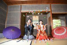 和装前撮りにも和婚にも♡可愛すぎる《和のシャワー演出》のアイデアまとめ*にて紹介している画像 Yukata Kimono, Japan Fashion, Wedding Photos, Dream Wedding, Poses, Bridal, Couples, Pictures, Dresses