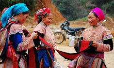H'mong women at a ma