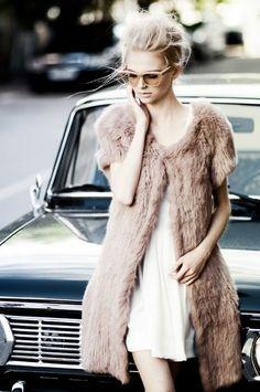 I enjoy and I am a Vintage enthusiast. I love classic cars.I really Love Depeche Mode.If you don't listen to Depeche Mode You're not living! Estilo Fashion, Look Fashion, High Fashion, Fashion Beauty, Pastel Fashion, Fur Fashion, Fashion Clothes, Spring Fashion, Lingerie Plus Size